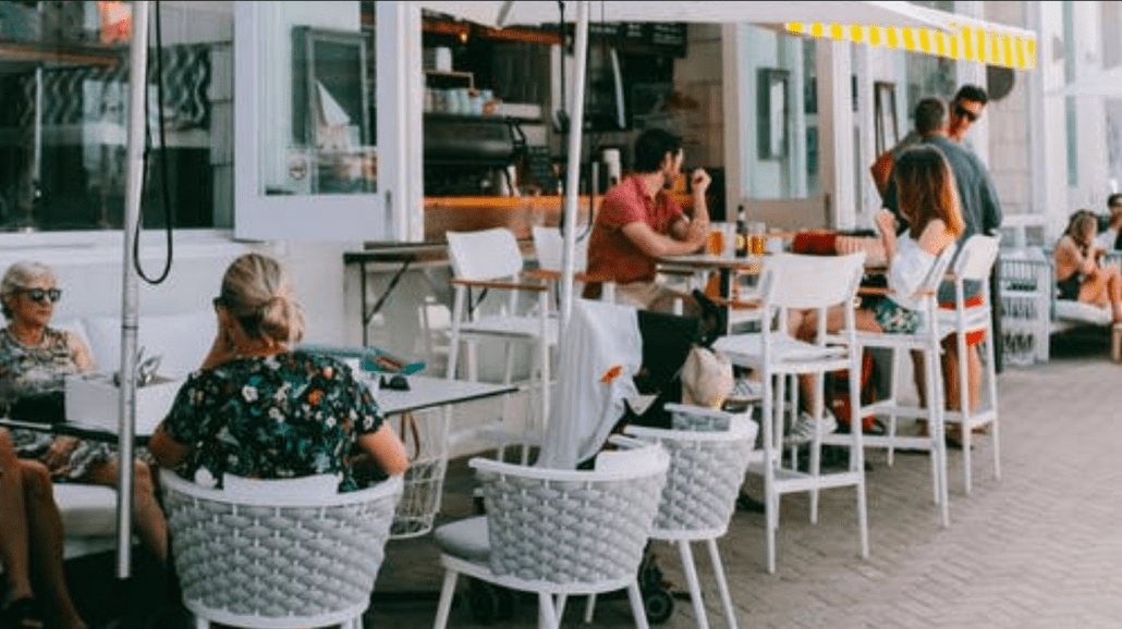 Outdoor Dining How Can Restaurants Manage Disruptions Better: Preparing Your Restaurant for 2021
