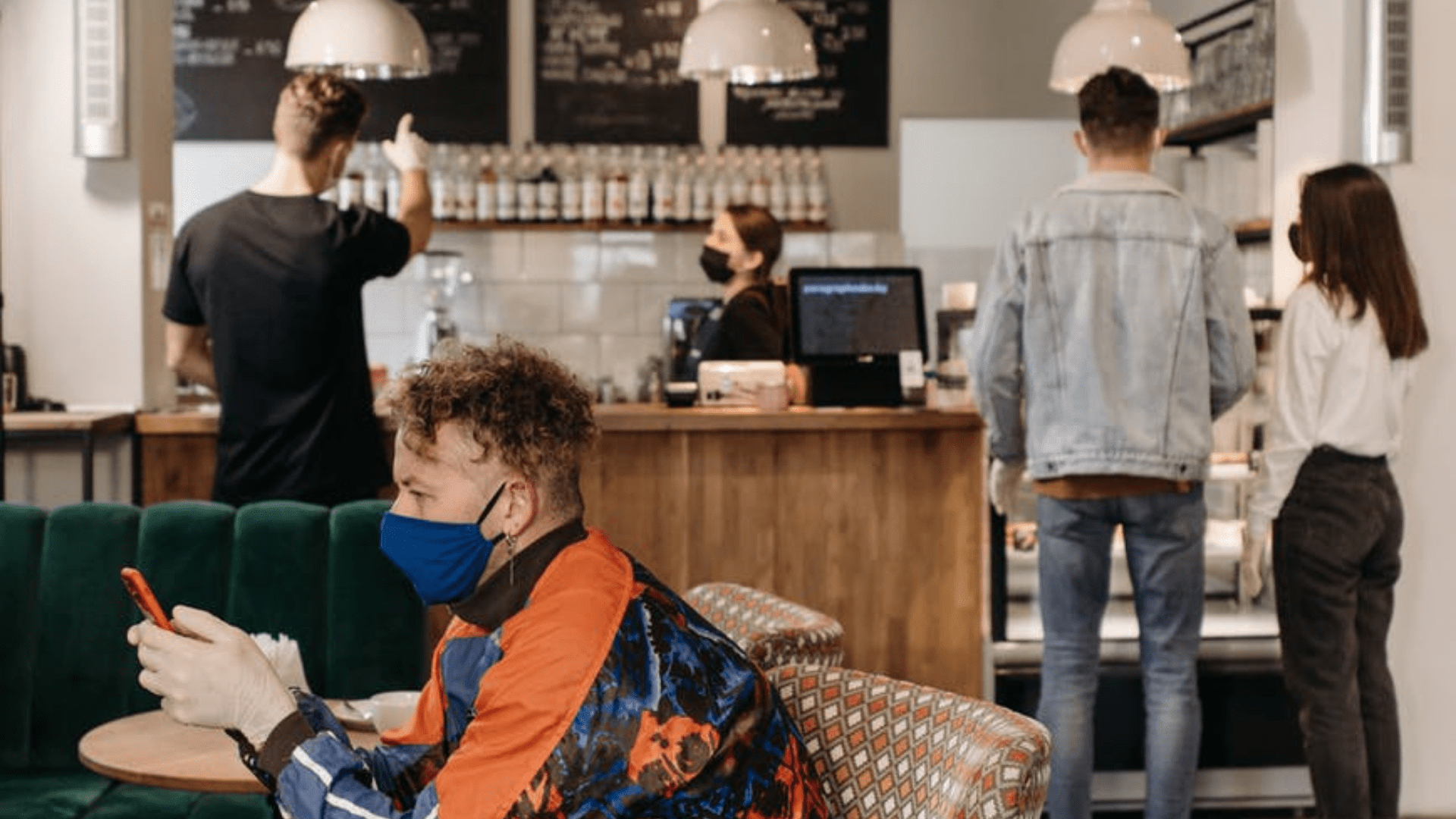 How Restaurants Can Manage Disruptions Better: Preparing Your Restaurant for 2021
