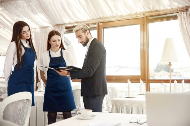 How to Find and Hire the Best Staff For Your Restaurant- training your staff